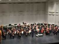 Playingthe Spohr 4 Concerto with Kansas Sinfonietta (USA)